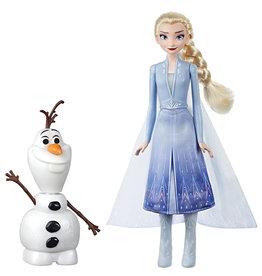 Hasbro Elsa et Olaf interactif