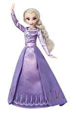 Hasbro Reine des Neiges 2 Poupée fashion deluxe Elsa