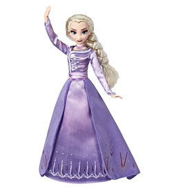 Hasbro Reine des Neiges 2 Poupée fashion deluxe Elsa