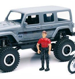 New Ray - 1:18 Jeep Sahara & figurine (20)