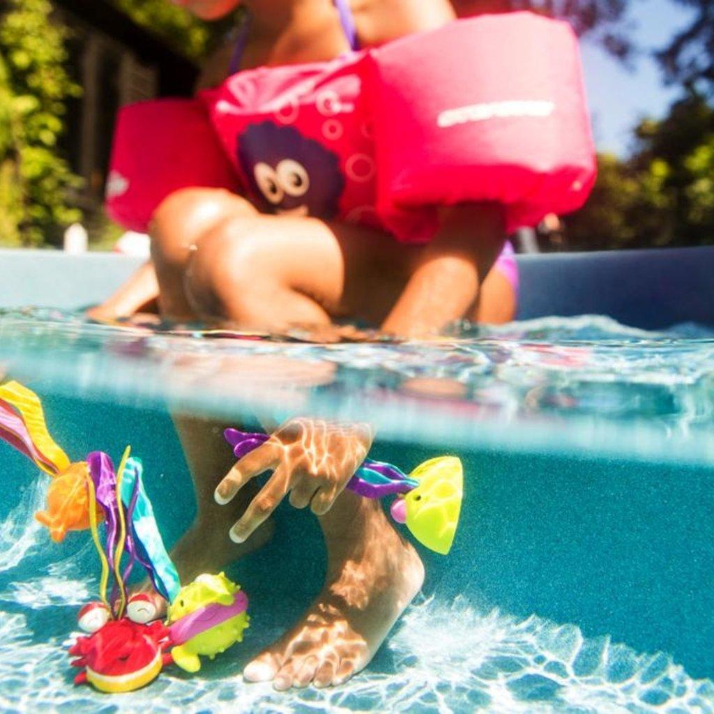 """B. Active - Jeu d'eau requin Finley """"Scoop-A-Diving"""""""