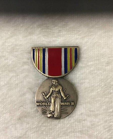 WW II VICTORY MEDAL