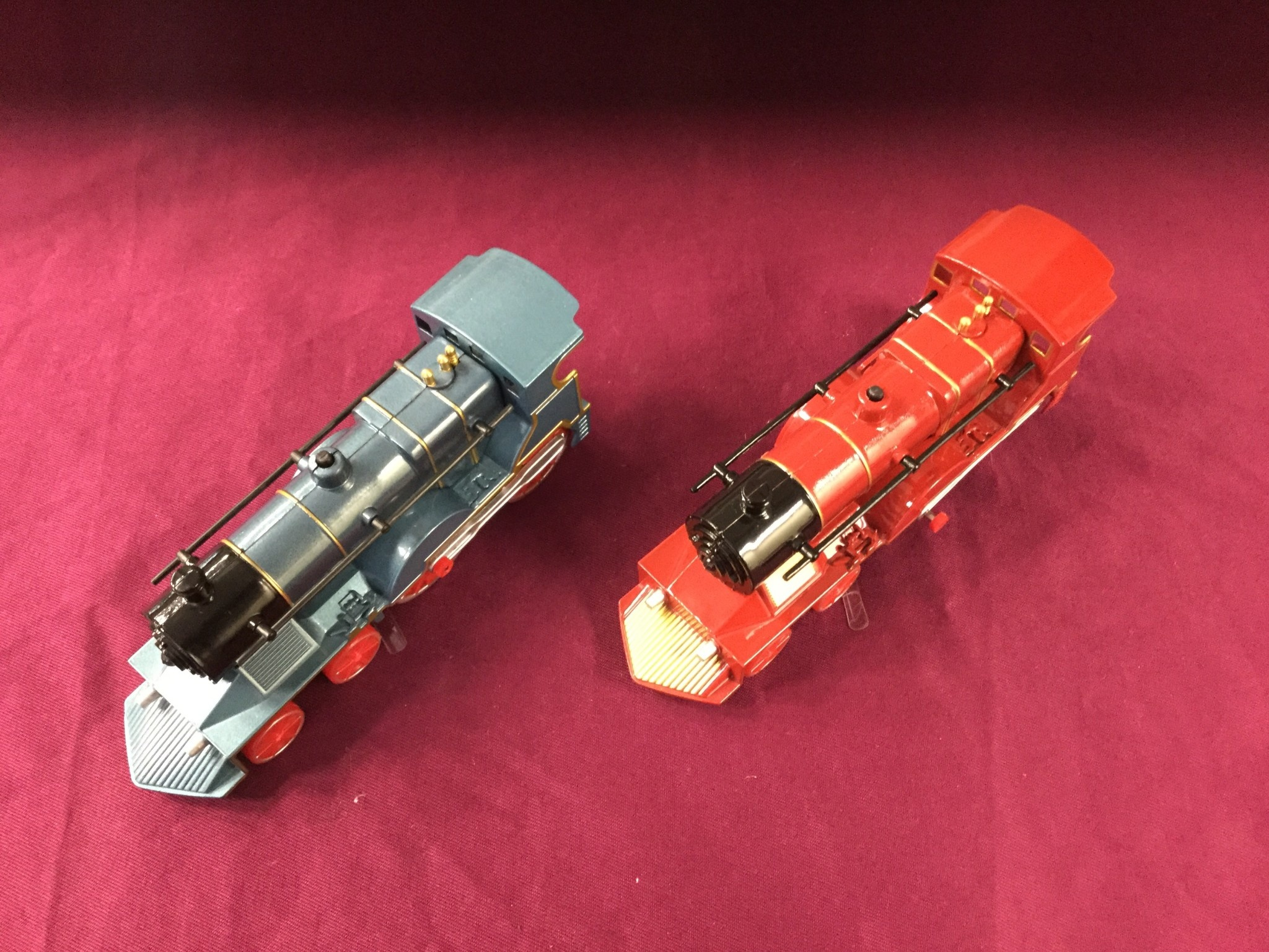 TOYSMITH LIGHT/SOUND TRAIN