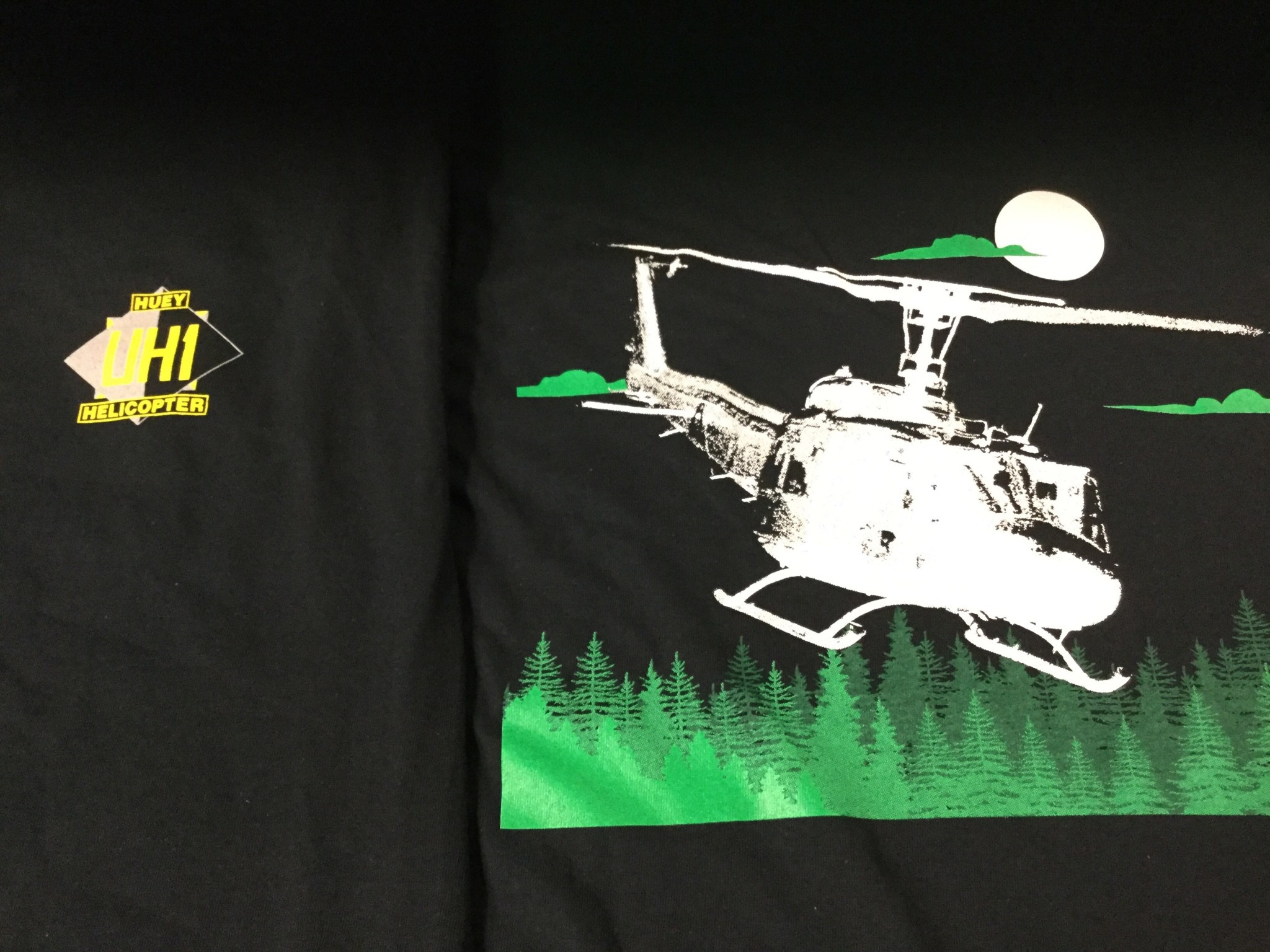 CARDWELL PRINTING UH1 HUEY MEDIUM T-SHIRT