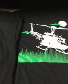 UH1 HUEY 2XL T-SHIRT