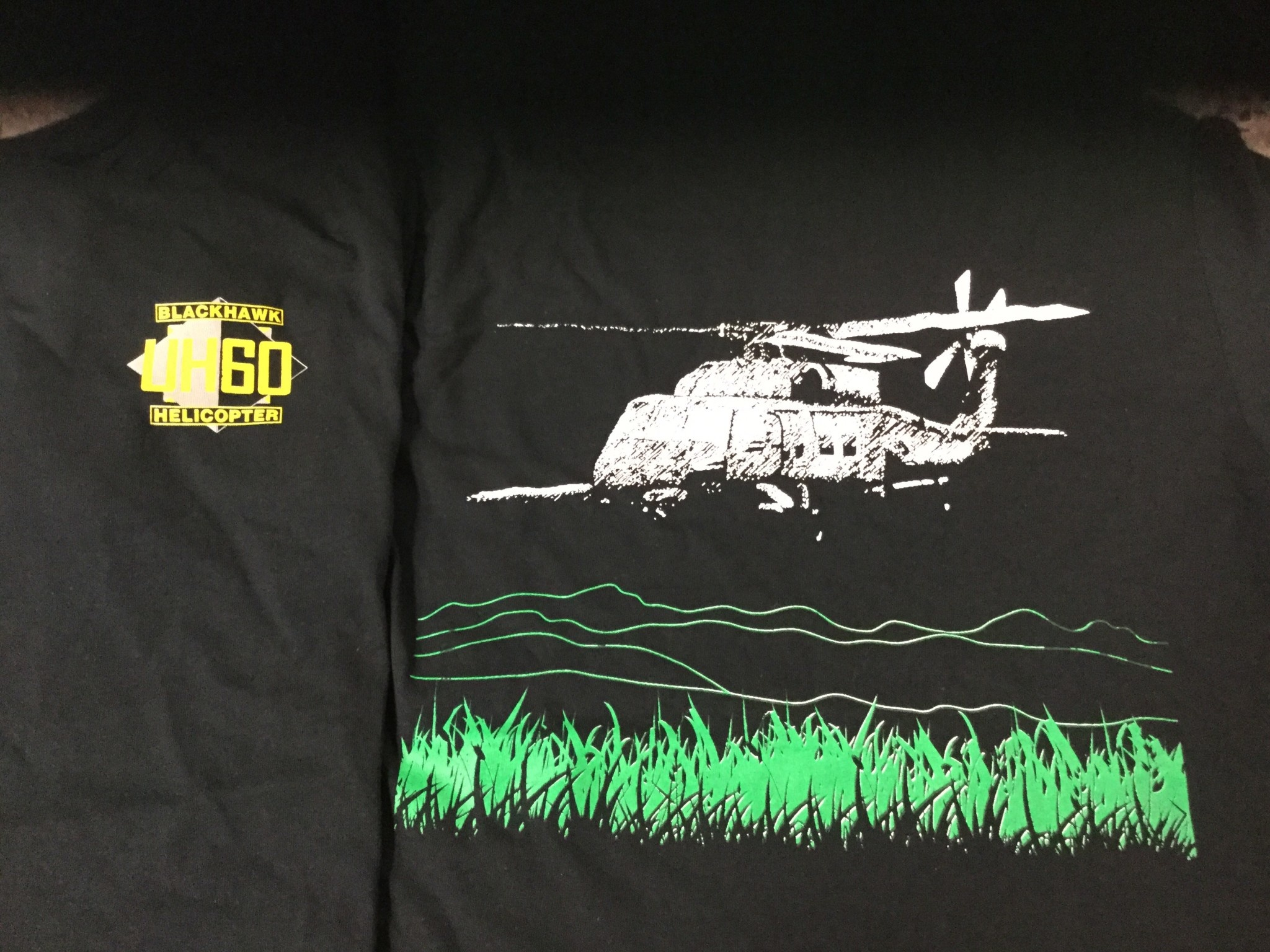 CARDWELL PRINTING UH60 BLACKHAWK LARGE T-SHIRT