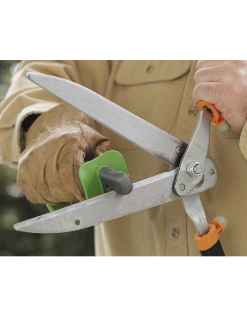 Smith's Pruning Tool Sharpener