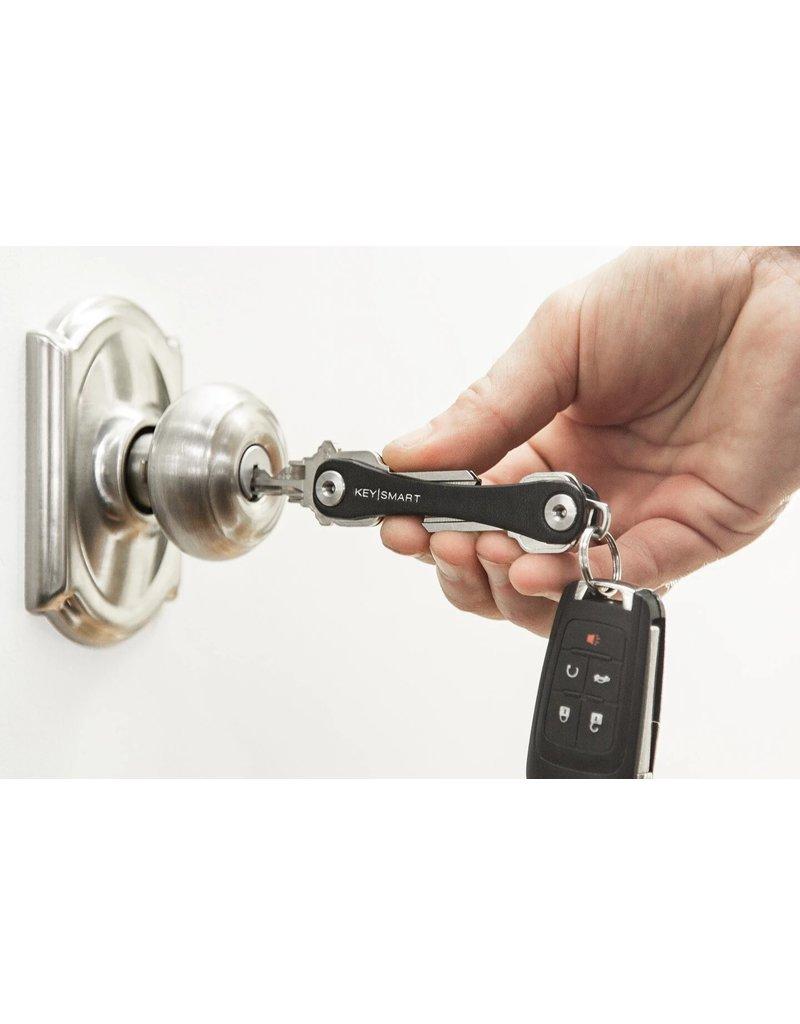 KeySmart Compact Key Holder (Leather)