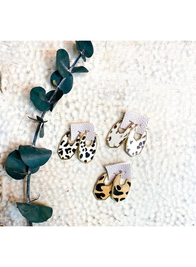 Dorothy's Oval Earrings
