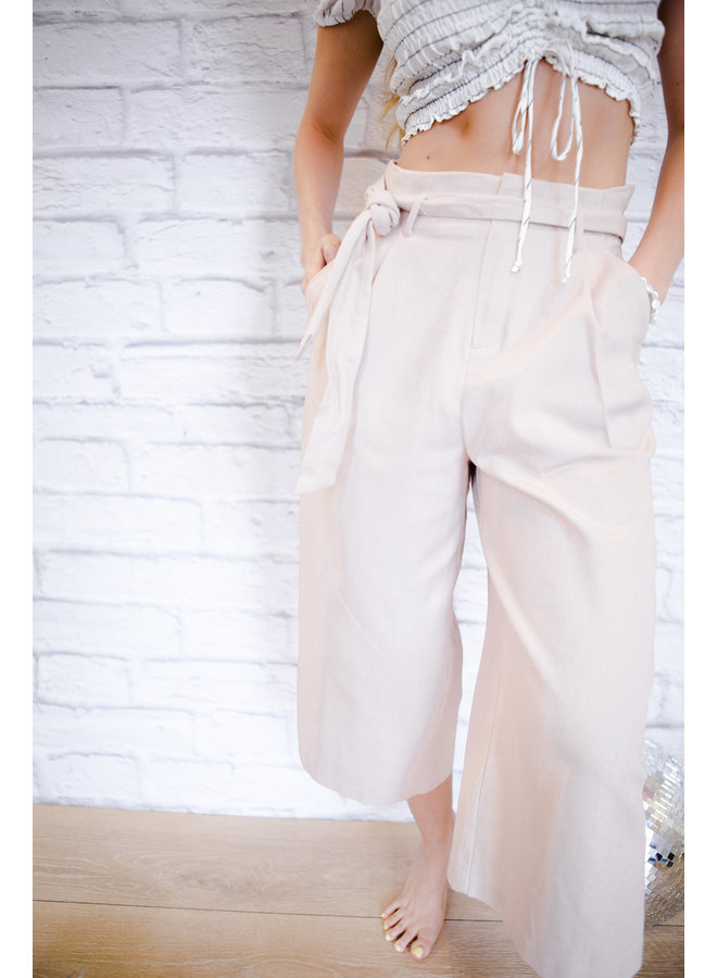 Dusty Pink Highwaisted Wide Leg Pants