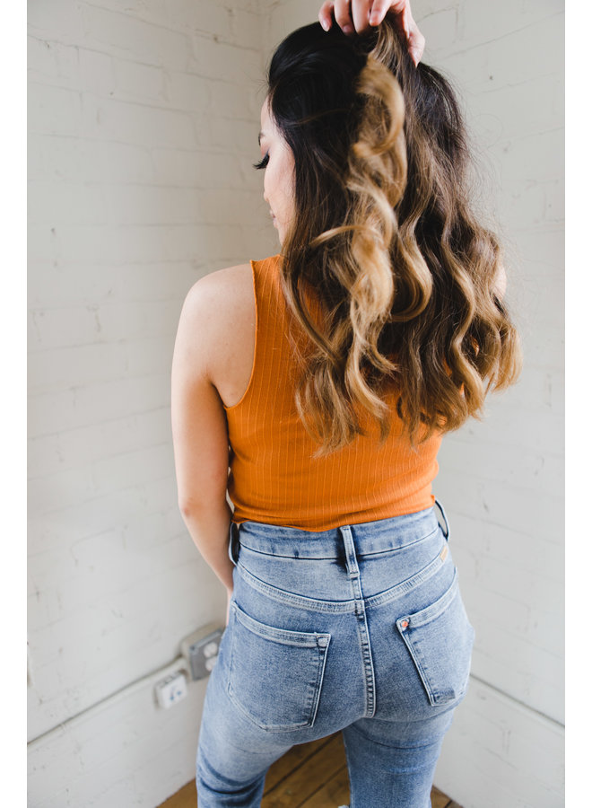 Butter Scotch Ribbed Crop Knit Top