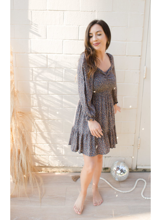 Tired Sweetheart Neckline Puff Sleeve Print Dress