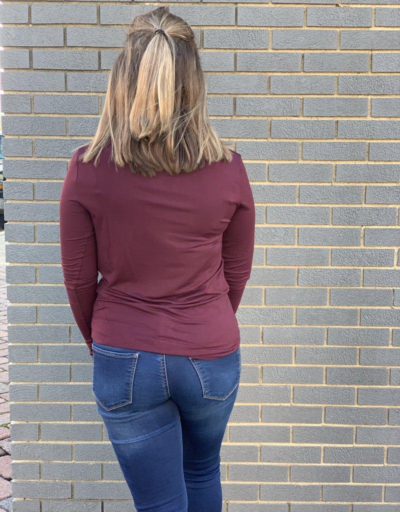 Red Door Long sleeve scoop neck layering tee