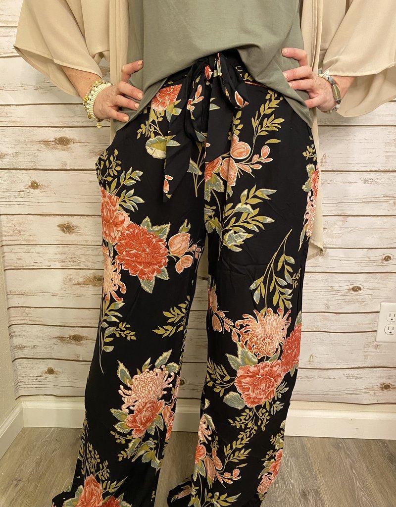 Red Door Black w/pink floral tie front wide leg pants