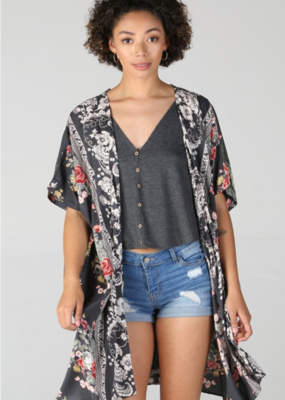 Red Door Charcoal floral kimono
