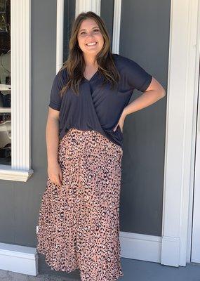 Red Door Peach leopard pleated midi skirt