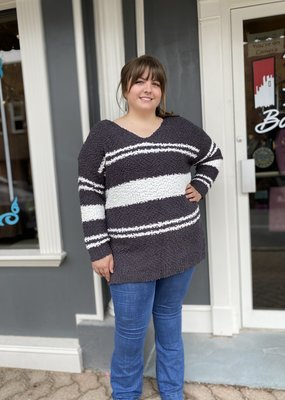 Red Door Popcorn striped sweater charcoal