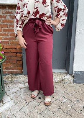 Red Door Merlot wide leg waist tie pants