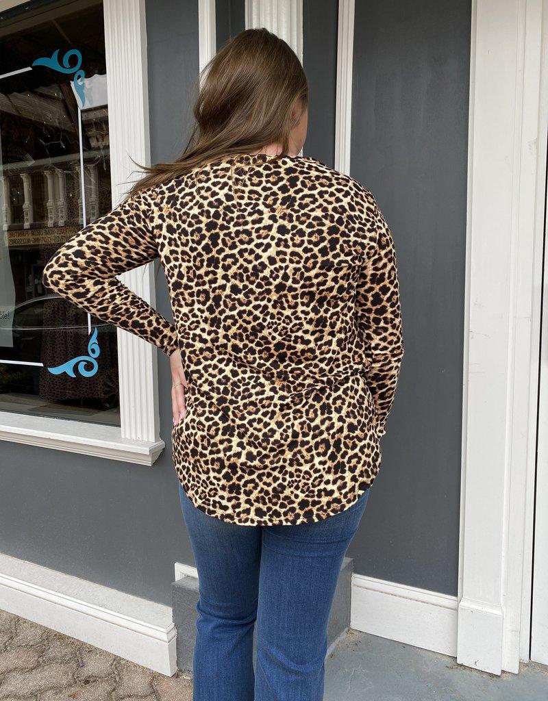 Red Door Leopard long sleeve v-neck