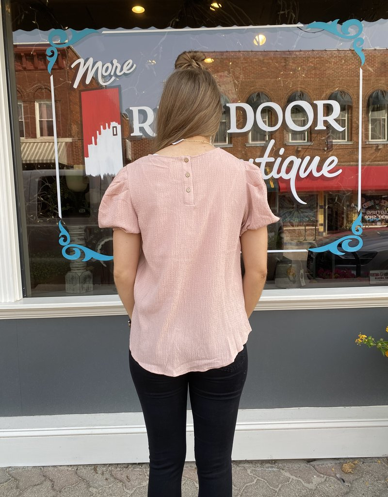 Red Door Dusty rose puff short sleeve top