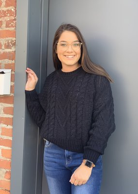 Red Door Thick knit black sweater