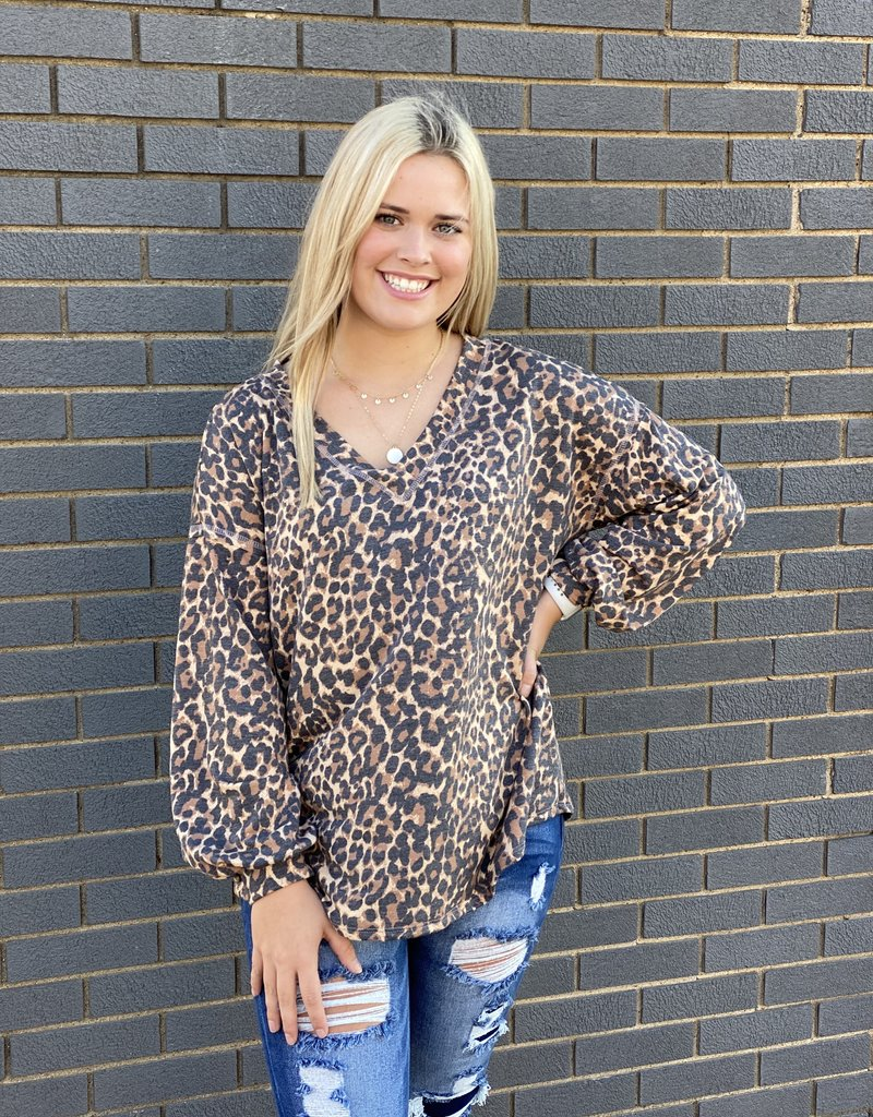 Red Door Leopard print long sleeve v-neck top