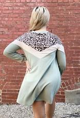 Red Door Leopard chevron long sleeve top