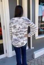 Red Door Ivory/gray camo & stripe top