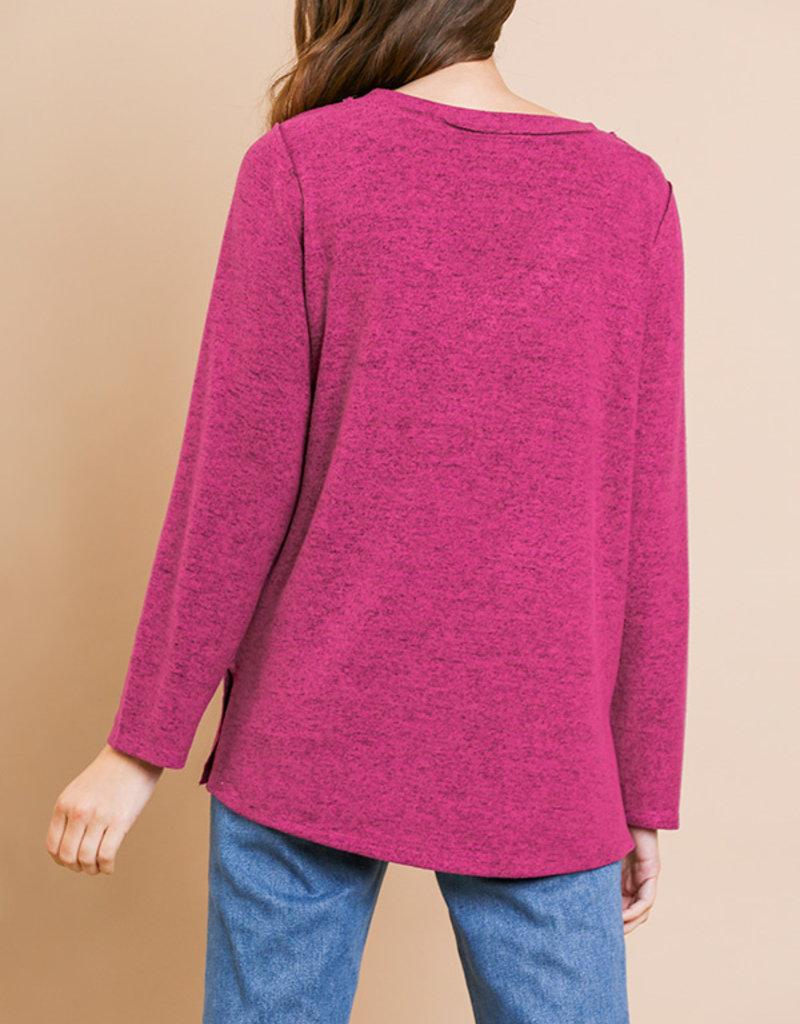 Red Door Berry fleece V-neck heathered top