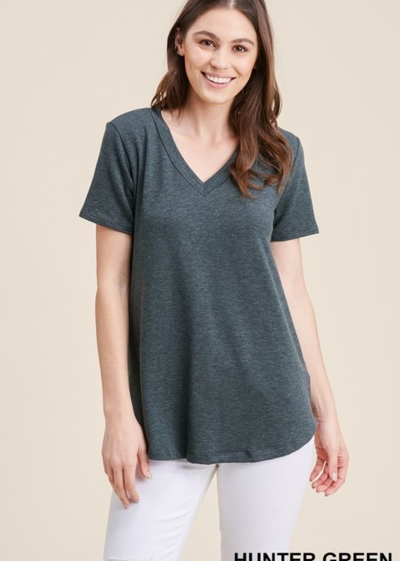 Red Door Hunter green solid v-neck top