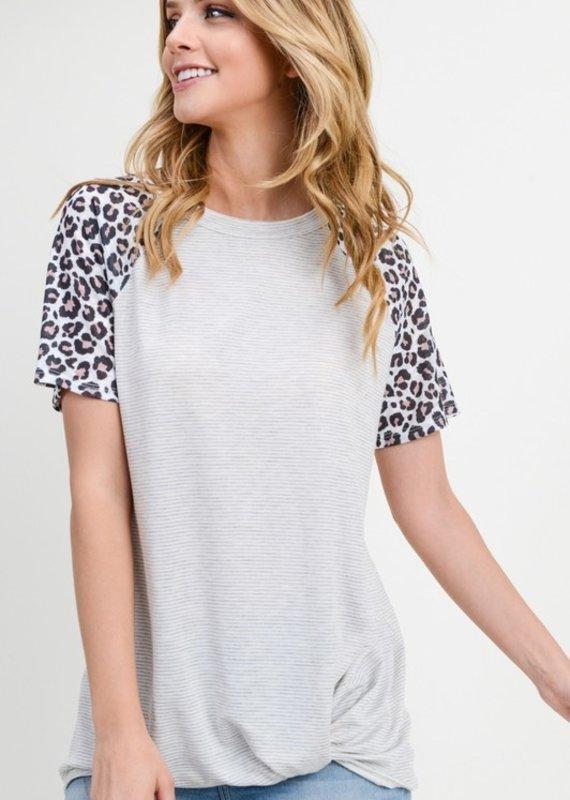 Red Door Gray striped knot bottom leopard sleeve top