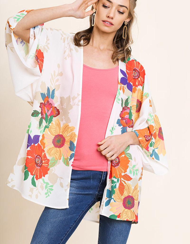 Red Door Cream floral bell sleeve kimono