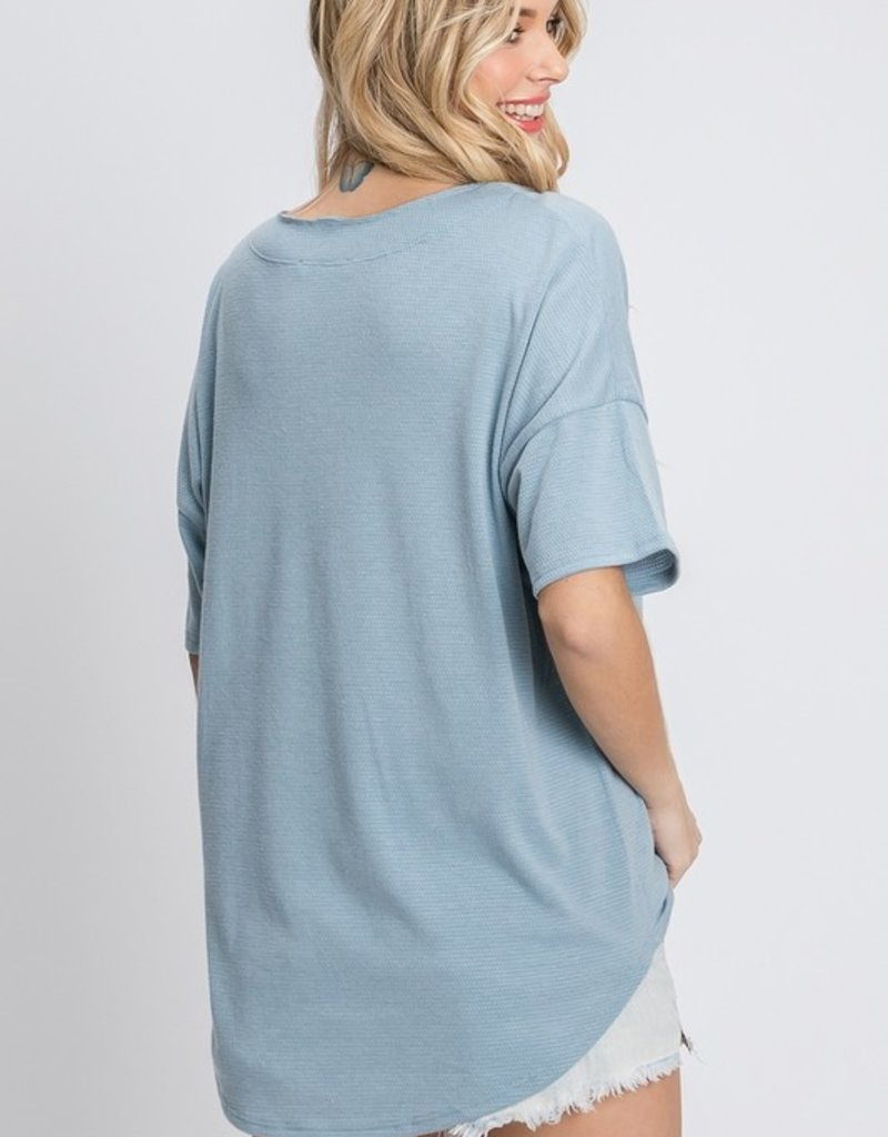 Red Door Blue waffle knit v-neck top