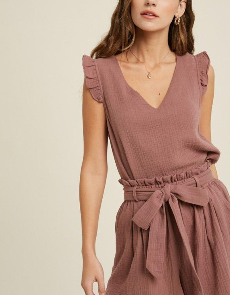Red Door Linen v-neck top w/ ruffle sleeve