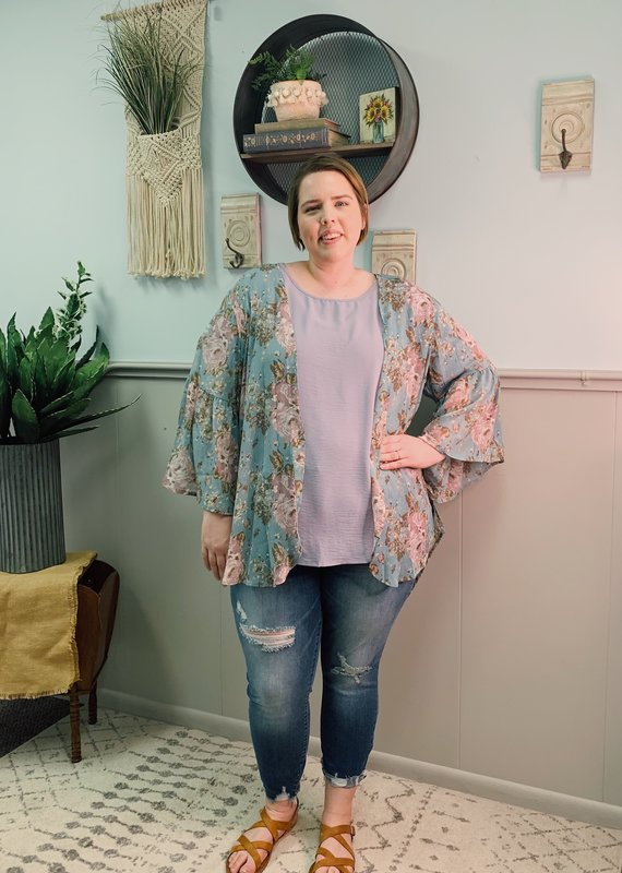 Red Door Mint kimono with purple floral