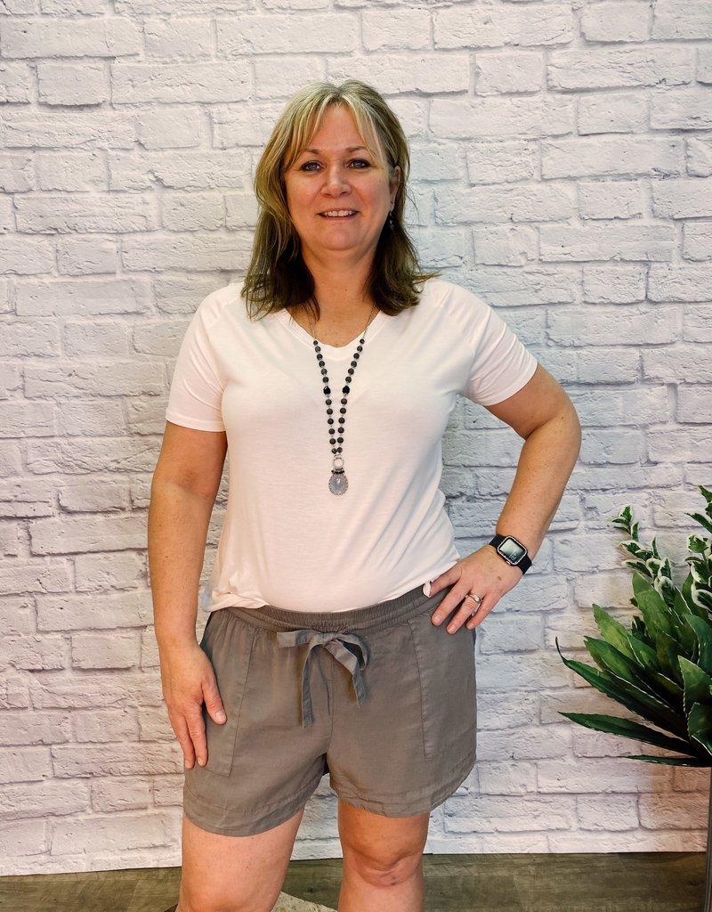 Red Door Drawstring shorts with pockets