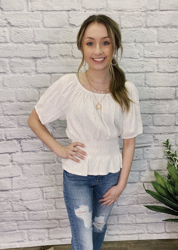 Red Door White cinched top with wide neck