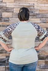 Red Door Sage ruffle sleeve top with leopard