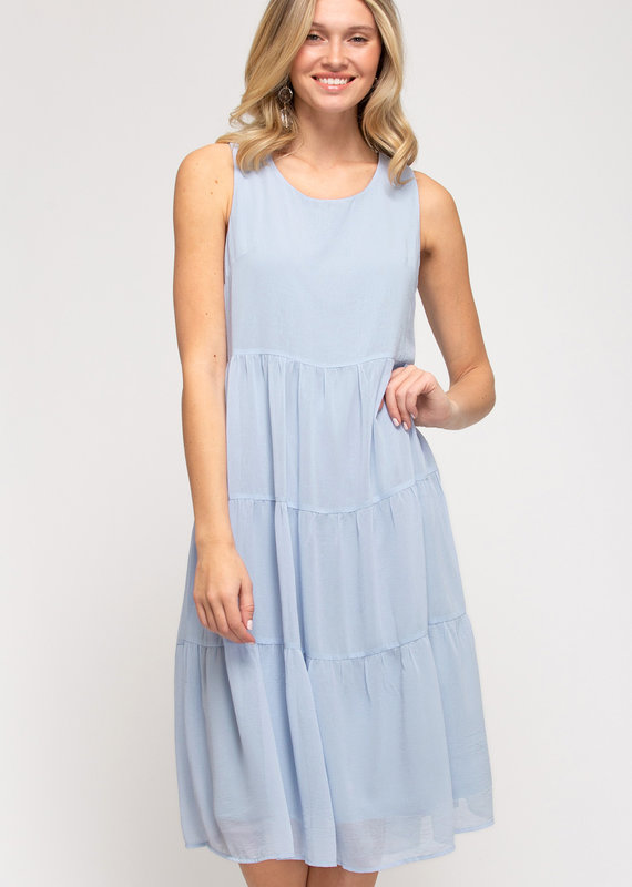 Red Door Light blue sleeveless tiered dress