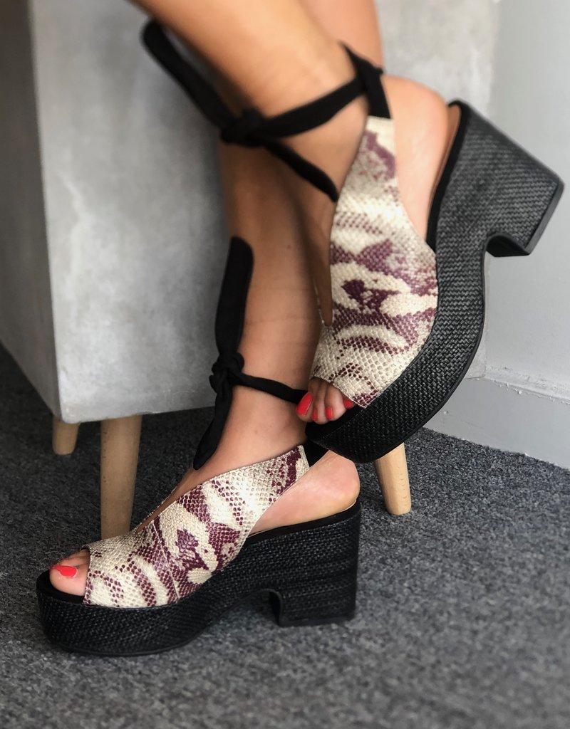 Wedge Sandal Leather Emb Cobra