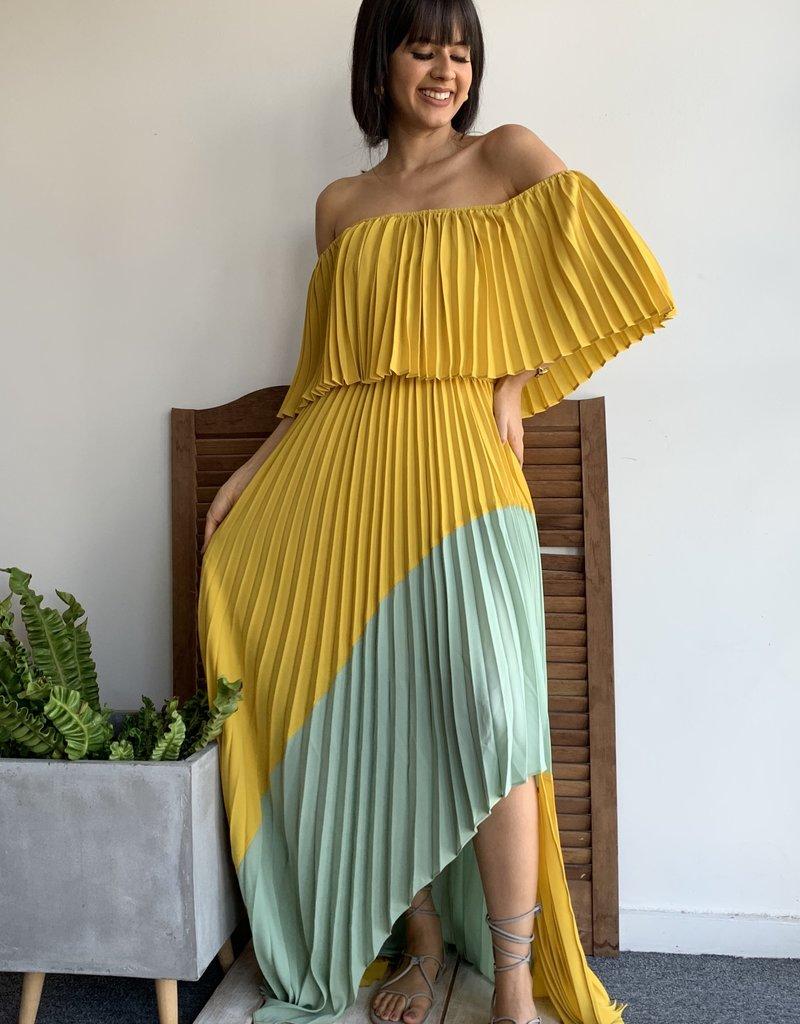 Off Shoulder Pleats Color Block Dress