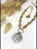 Collar Corto Dorado Medalla Zamac