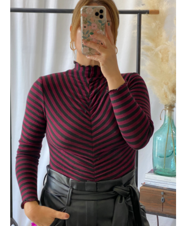 Ruched Front Top