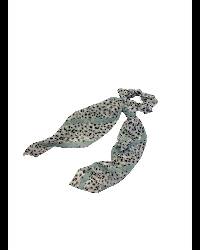 Gray Blue Leopard Scrunchies
