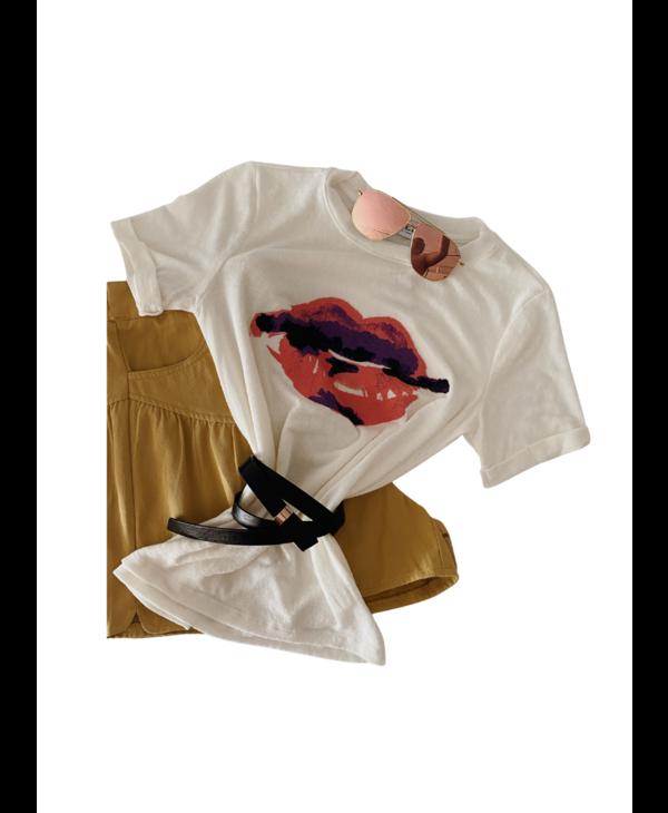 Lip Print Rollup Sleeve Graphic Tee