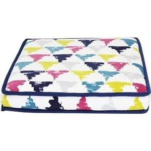 Be One Breed Be One Breed Katt3 Memory Foam Bed Triangles
