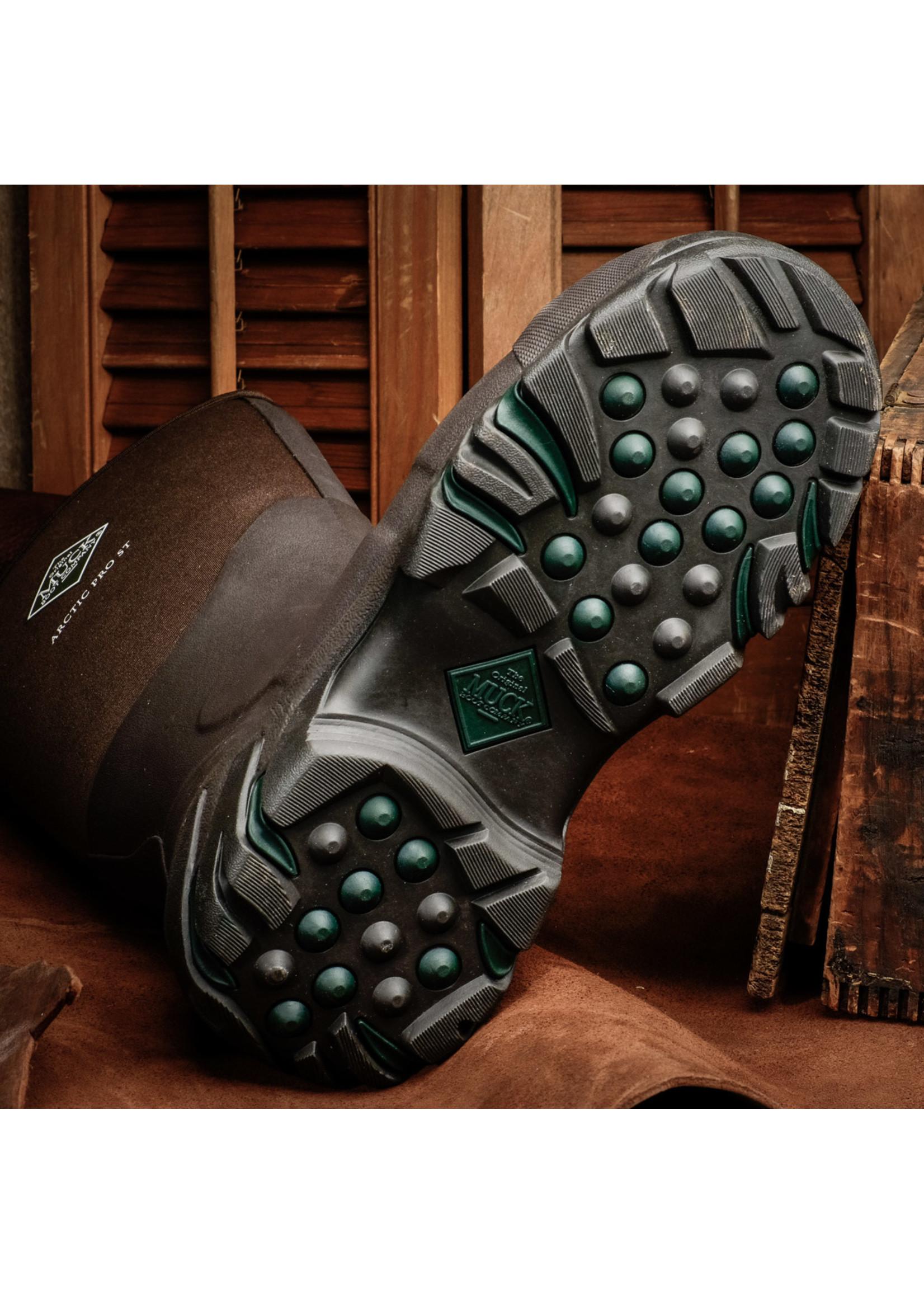 Muck Boots Men's CHORE Steel Toe Boot CHS-000