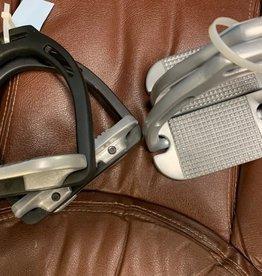 Tech Stirrup Iron