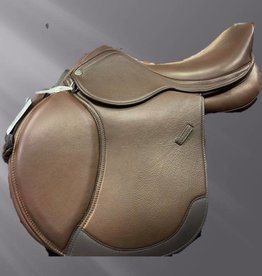 Royal Highness Remy Double Leather Close Contact Saddle  with changeable gullets