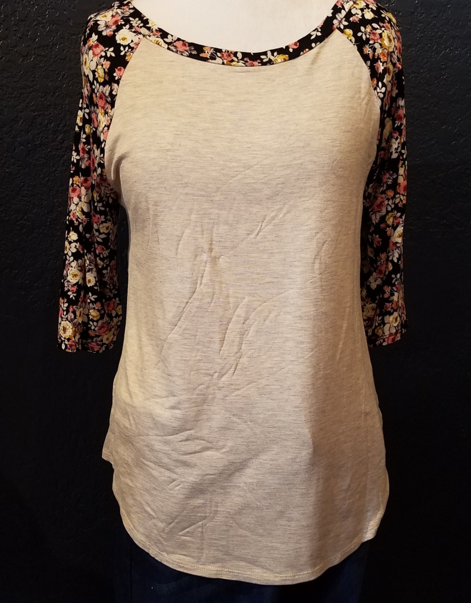 talent Fitted Raglan Floral 3/4 sleeve top